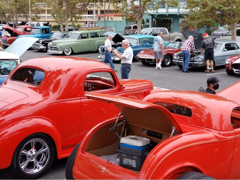 Hot Rods in parking Lot with people checking them out - Hot Rods At The Beach - Seal Beach, CA