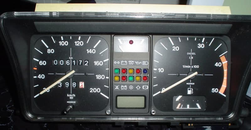 1988 VW Oko-Polo instruments